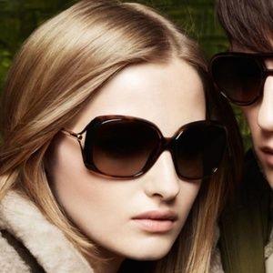 NIB Burberry Square Sunglasses Tortoiseshell Frame